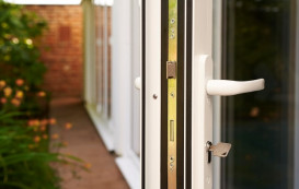 4-horizon-aluminium-bifold-door-handle-and-lock